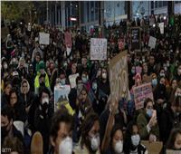 استراليا.. تفريق تظاهرة للمعترضين على لقاح كورونا بالرصاص المطاطي