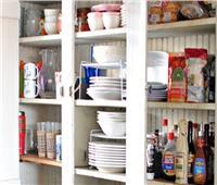 5 نصائح للحفاظ على خزانة مطبخك منظمة