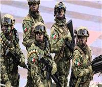 14 جنديا مكسيكيا يعبرون الحدود مع أمريكا بالخطأ
