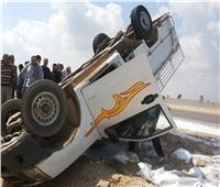 صور| مصرع وإصابة ٤ عمال فى انقلاب سيارة بالشرقية