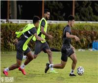 تقسيمة قوية بين لاعبي الزمالك في معسكر برج العرب
