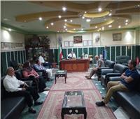 رئيس ملوى: تفعيل الحملات الموسعة لرفع جميع الإشغالات وفتح الطريق العام للمارة