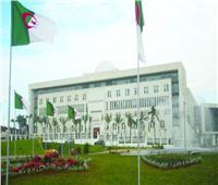 الجزائر تستدعي السفير الفرنسي للاحتجاج على قرار خفض حصة التأشيرات
