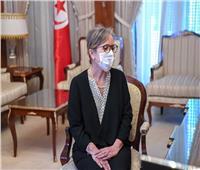 رئيسة الحكومة التونسية تعد بتنفيذ إصلاحات اقتصادية بالبلاد
