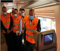 وزير النقل يتفقد تصنيع 6 قطارات تالجو الإسبانية متعاقد عليها  صور