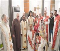 الأنبا باخوم يترأس اليوم الثامن من تساعية القديسة تريزا
