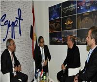 وزير السياحة يتفقد جناح مصر في المعرض السياحي الدولي بباريس