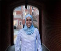 ترتدي الحجاب.. من هي بيان جلال أول مصرية ترأس طلاب جامعة الأمريكية؟