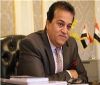 «عبدالغفار» يستعرض تقريرًا حول استعدادات جامعة القاهرة الجديدة التكنولوجية