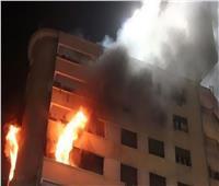 الدفع بـ3 سيارات إطفاء للسيطرة على حريق أعلى سطح عقار بالدقي