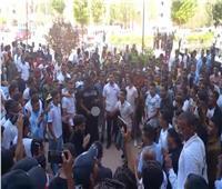شاهد| طلاب جامعة الوادي يرقصون على أغاني رمضان.. ورد «باهت» من الجامعة