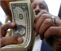 الدولار الأمريكي يسجل 15.77 جنيه في منتصف تعاملات البنوك