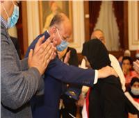 محافظ القاهرة يكرم أسر الشهداء في ذكرى نصر أكتوبر