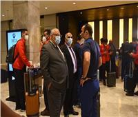 دوري أبطال إفريقيا| سفير مصر بالنيجر يستقبل بعثة الأهلي في المطار