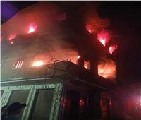 السيطرة على حريق بمخزن للبكرات اللاصقة بالقليوبية| صور