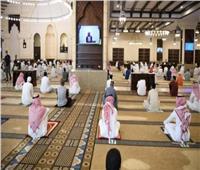 وزارة الشؤون الإسلامية السعودية: استمرار التباعد والكمامات في المساجد