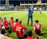 محمود الخطيب يفاجئ لاعبي الأهلي بعد التعادل مع الحرس الوطني