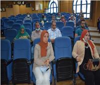 نائب محافظ المنيا: الإلتزام بالجدول الزمنى وضبط الجودة مشروعات «حياة كريمة»