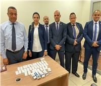 جمارك مطار القاهرة تضبط محاولة تهريب 330 قرص مخدر