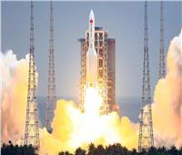 مركبة  إنزلاقية تفقد مسارها من فوق صاروخ صيني  يدور حول الأرض