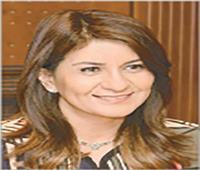 «مكرم» تصدر قرارًا بتعيين «سلمى» و«سارة» معاونين لوزير الهجرة