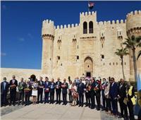 15 سفيرا يزورون قلعة قايتباي بالإسكندرية