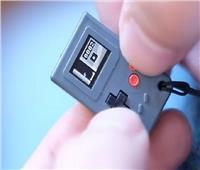أصغر وحدة تحكم للألعاب في العالم بحجم «طابع البريد»