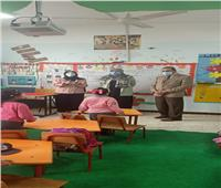 محافظ شمال سيناء يتفقد انتظام سير الدراسة بمدارس العريش