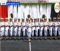 طلاب حرس الشرف يؤدون مراسم التحية العسكرية للرئيس السيسي