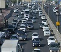 كثافات مرورية متحركة بشوارع الجيزة