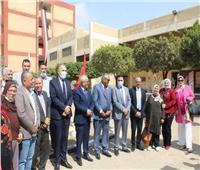 جولات مكوكية لنائب وزير التعليم على مدارس جنوب القاهرة | صور
