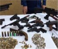 ضبط 77 تاجر مخدرات بأسلحة نارية في حملة أمنية بالجيزة