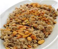 أكلات اليوم   طريقة عمل أرز باللحم المفروم والمكسرات