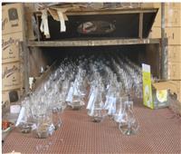 مداهمة 5 مصانع عشوائية وضبط 40 طن منتجات مجهولة بالقليوبية| صور
