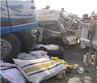 نقل جثامين ضحايا حادث الطريق الاوسطي مستشفى الشيخ زايد