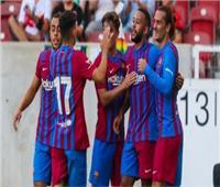 انطلاق مباراة برشلونة ودينامو كييف بدوري الأبطال