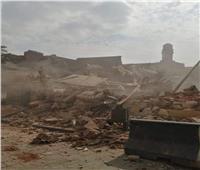 بدأ إزالة المباني المتهالكة أمام مسجد الحاكم لتطوير القاهرة التاريخية