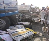 النيابة تواصل التحقيق في حادث الطريق الأوسطي.. وتأمر بدفن الضحايا بعد المناظرة