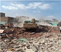 إزالة 1090 عقارًا من عزبة «أبو قرن» غير الآمنة ونقل 2533 أسرة