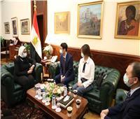 وزيرة الصحة: الرئيس السيسي يقدم الدعم الكامل لتوطين صناعة اللقاحات بمصر
