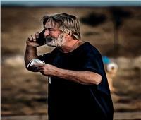 الشرطة الأمريكية تحدد كيفية وقوع مسدس محشو برصاص حي في يد «أليك بالدوين»