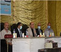 قافلة جامعة عين شمس تقدم خدماتها لأهالي قرية بالبحيرة | صور