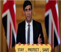 وزير الخزانة البريطاني: اللقاحات خط الدفاع الأول ضد كورونا