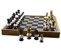 الإمارات تفوز بتنظيم بطولة العالم لحل مسائل الشطرنج