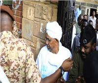 السودان.. حراسة مشددة على سجن يقبع فيه الرئيس السابق عمر البشير