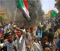 وسائل إعلام: اشتباكات بين متظاهرين والأمن أمام مقر الجيش السوداني