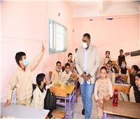 محافظ مطروح يتفقد مدرسة تحفيظ القرآن بعد تطويرها