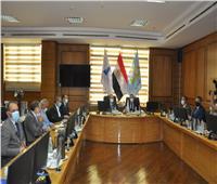 مجلس جامعة كفر الشيخ يناقش موضوعات تعليمية وبحثية بحضور المحافظ