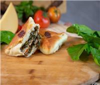 جددي مخبوزاتك | وصفة عمل خبز السبانخ الأخضر
