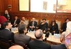 محافظ دمياط يقدم واجب العزاء في شهداء كنيستي طنطا والإسكندرية